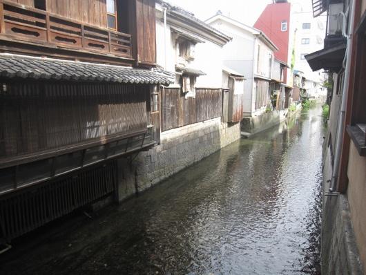 米川沿.jpg