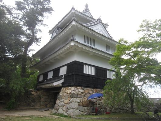 鉄櫓.jpg