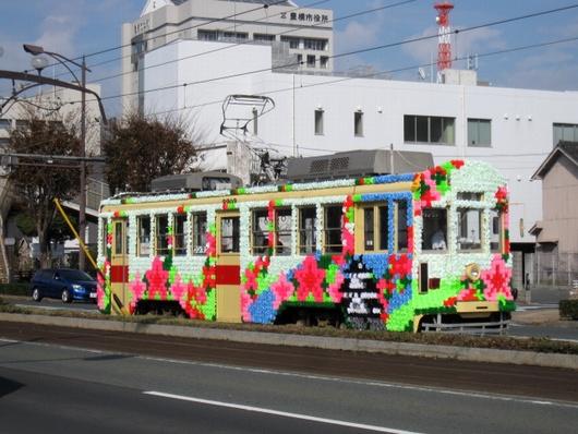 花柄電車.jpg